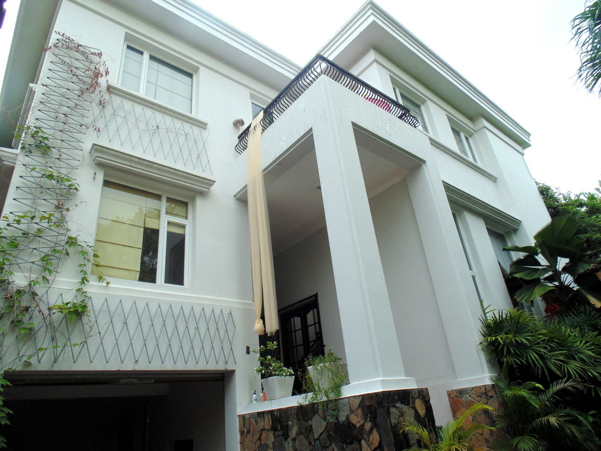 A BEAUTIFUL VILLA FOR LEASE IN THAO DIEN WARD, DISTRICT 2.
