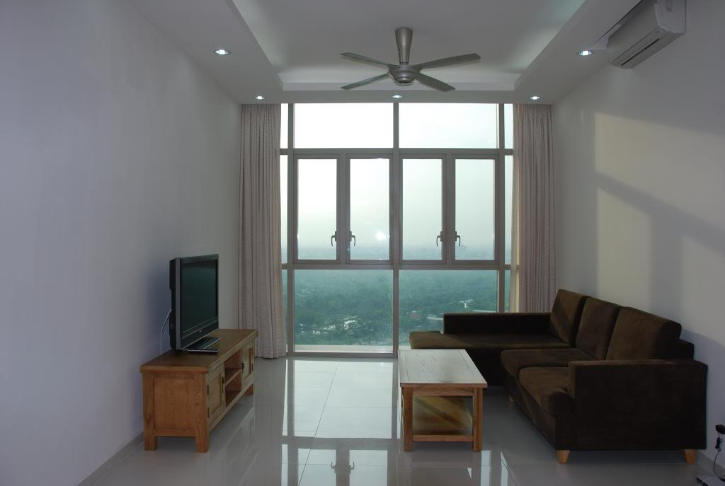 BEAUTIFUL APARTMENT FOR RENT AT THE VISTA.