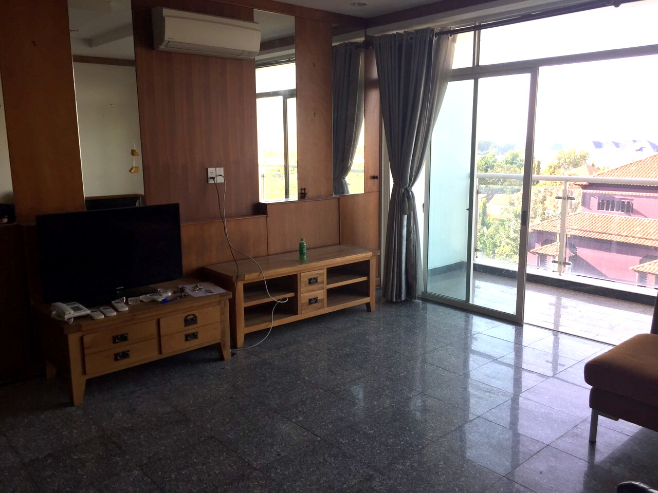 BEAUTIFUL APARTMENT FOR RENT AT HOANG ANH RIVERVIEW