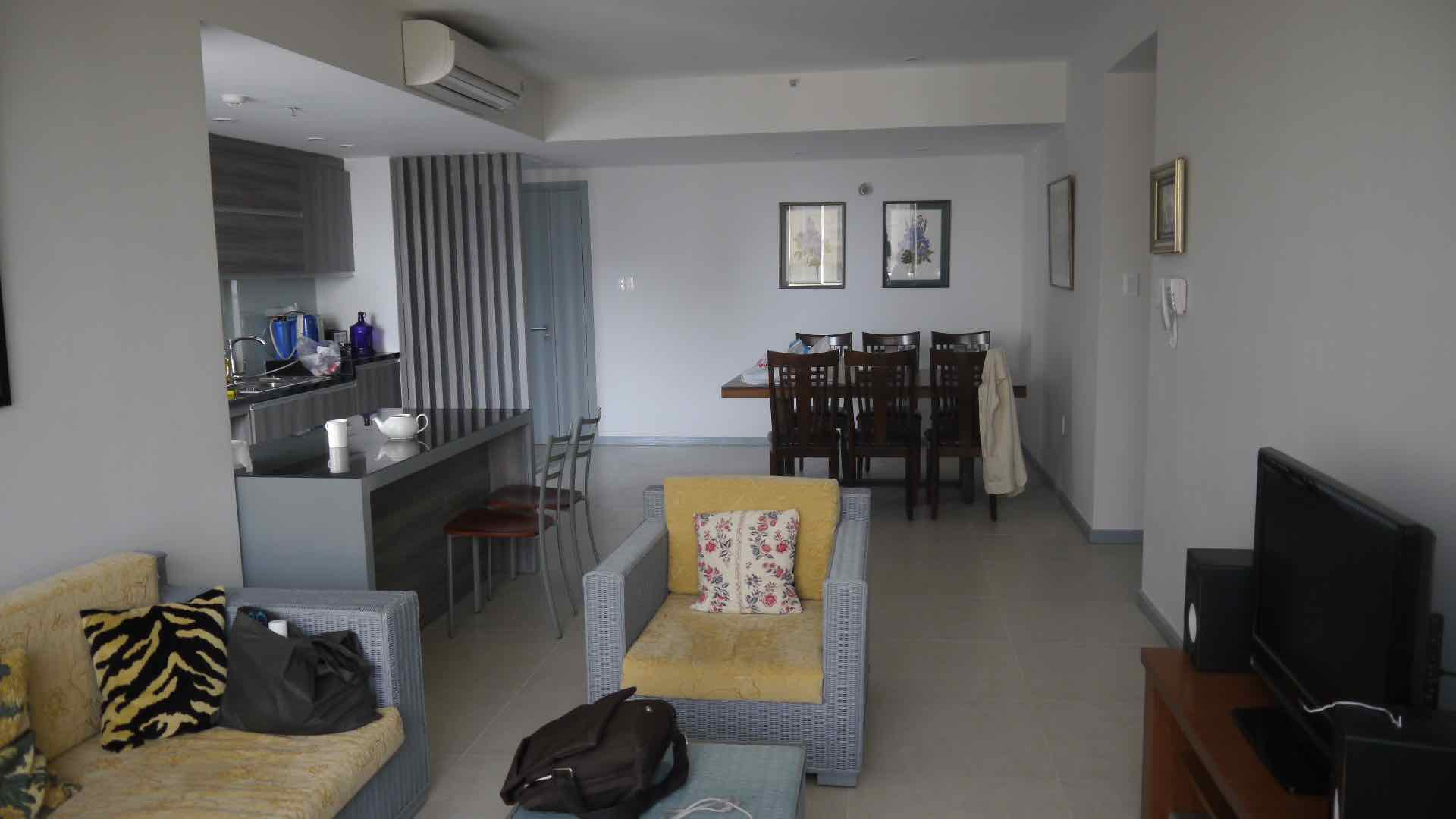 NICE 3 BEDROOMS TROPIC GARDEN APARTMENT FOR RENT