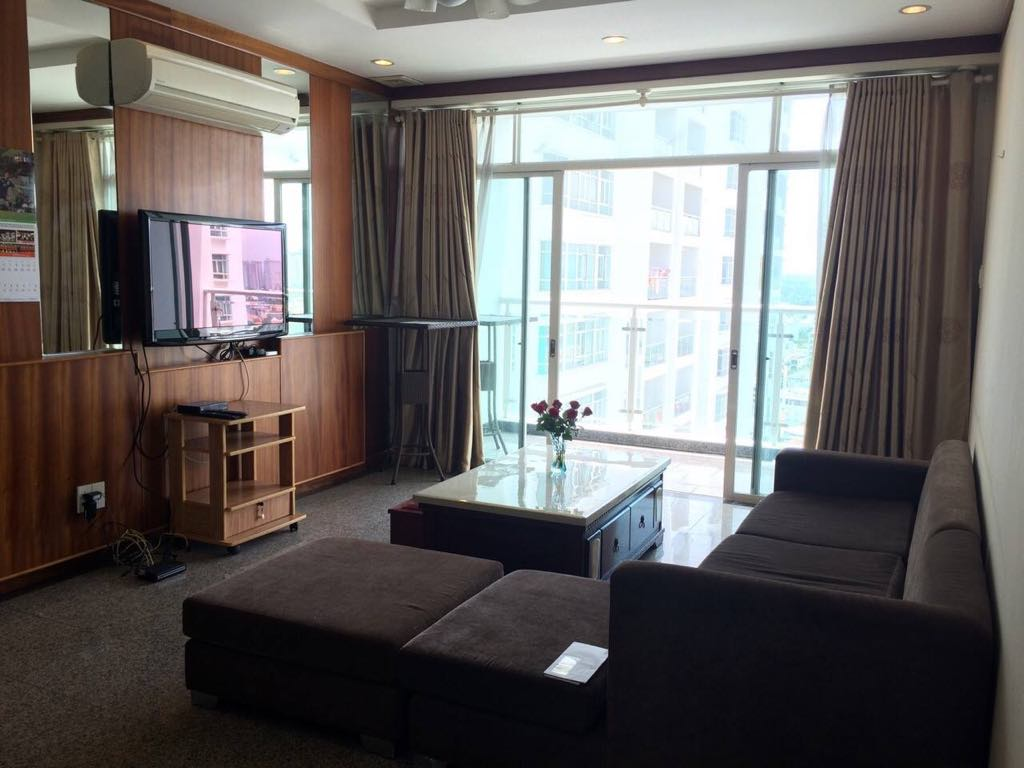 Beautiful 3 bedrooms at Hoang Anh Riverview apartment
